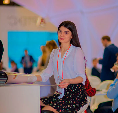 Rusça-Türkçe Hostes