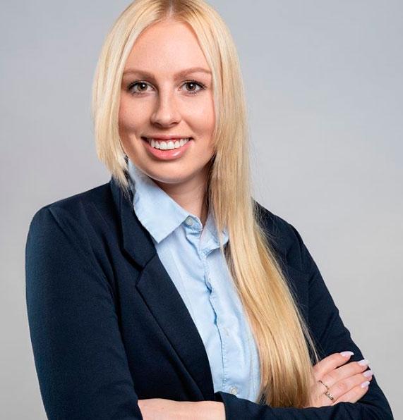 Mir Stekla Moskova Tercüman Hostesi